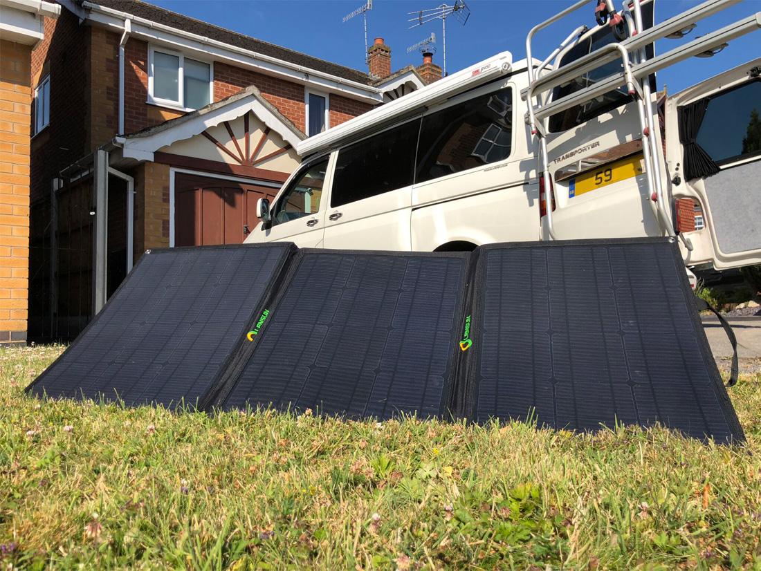 Lensun-100W-Portable-folding-solar-panels