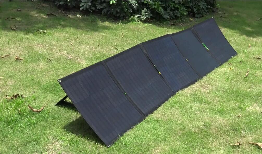 Lensun-200w-folding-ETFE-solar-panel-portable-ultralight-outdoor-camping-solar-power-supply